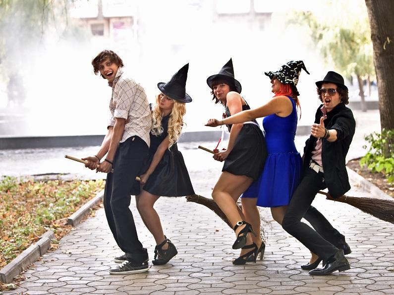 Где купить карнавальные костюмы в Астане?