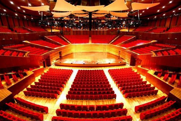 Какой посетить концертный зал в Астане?