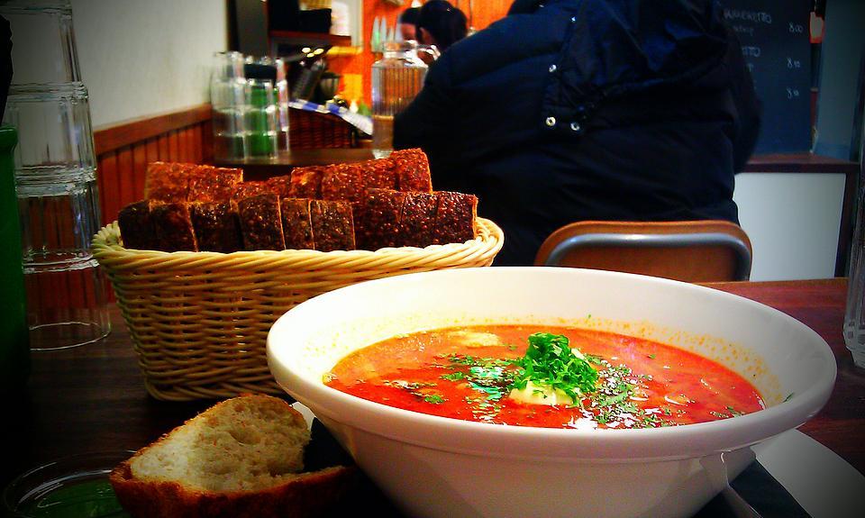 Где в Астане поесть недорого? Недорогие кафе Астане.